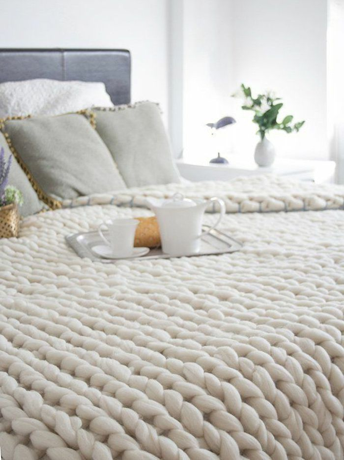 tricoter jet de canap i love tricot. Black Bedroom Furniture Sets. Home Design Ideas