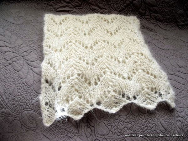 point de tricot ajour pour charpe i love tricot. Black Bedroom Furniture Sets. Home Design Ideas