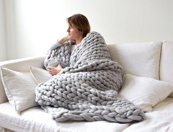3f4817429df Voici la sélection de plaid tricot pour vous     . Couverture en laine grosse  maille