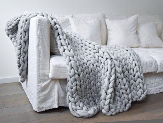 7acca19bdcc Voici la sélection de plaid tricot pour vous